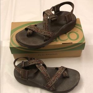 Women's Chacos Size 8